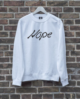 sweater-wit-HOPE-zwart